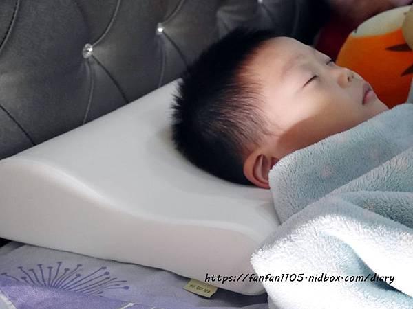 【GreySa格蕾莎】兒童環保記憶枕 專為5~12歲兒童設計 #台灣製造 側睡仰睡都適合 (10).JPG