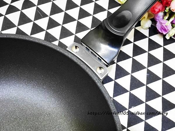 【eLife易廚鍋具】頂級6+2層健康不沾鍋 #炒鍋 #不沾鍋 #不沾鍋食譜 #食譜分享 (16).JPG