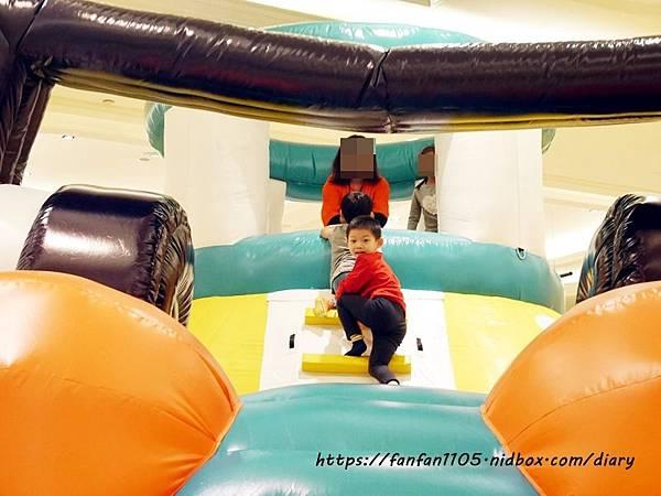 【新光南西】建築樂園-悠遊島 動物狂季 #室內親子樂園 #氣墊 #親子 #積木 (6).JPG