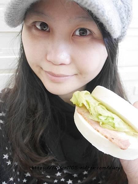 【都鋐麵包坊】特大鮮奶饅頭 天然手工製作 當早餐、點心都適合 (10).JPG