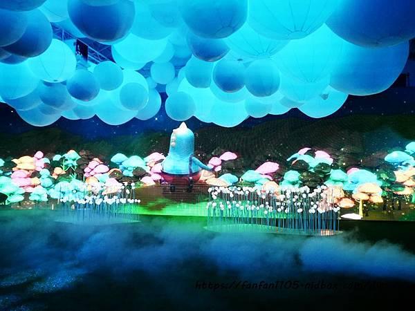 HELLO!搞怪8咘特區 玩樂式互動特展!幻境霧球光影秀,全台最大LED炫彩球池 寒假親子同遊的好去處  (10).JPG