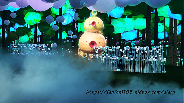 HELLO!搞怪8咘特區 玩樂式互動特展!幻境霧球光影秀,全台最大LED炫彩球池 寒假親子同遊的好去處  (31).png
