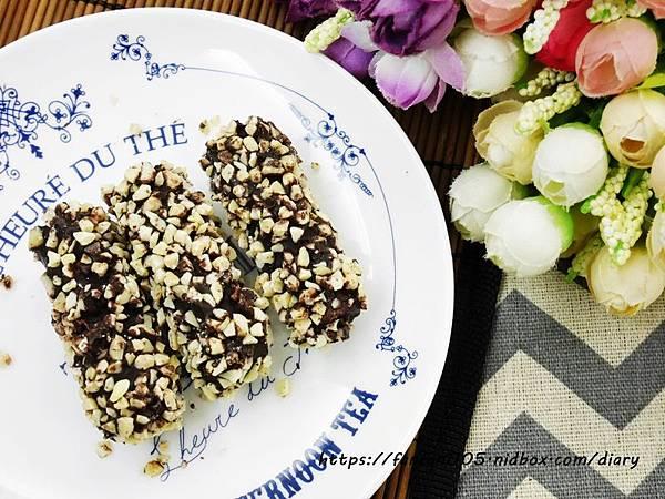 【自然主意】酷覓星 日式黑巧肉鬆煎捲 鹹甜多層次口感 營養又美味 #伴手禮推薦 (5).JPG