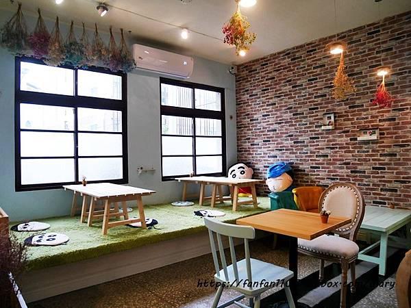 【宜蘭美食】慢漫窩飲食堂 #平價美食 #咖啡 #鬆餅 #早午餐 #乾燥花 享受慢步調的放鬆時光 (6).JPG
