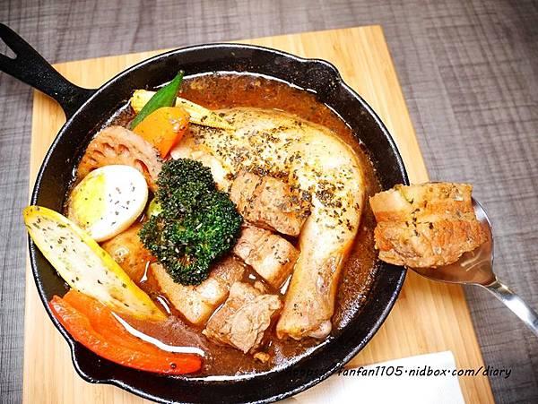 【西門町美食】銀兔湯咖哩 #湯咖哩 #台北美食 (28).JPG