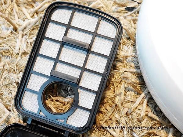 HANLIN-ESD1 USB充電吸塵掃地機 999元 吸塵、掃地、拖地等三合一 #小資族的福音  #高CP值 #掃地機 (10).JPG