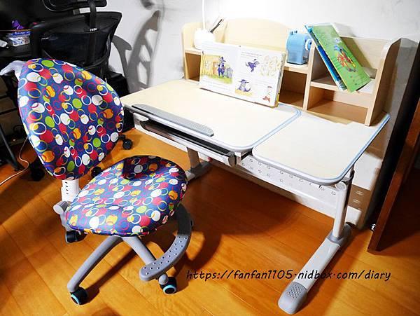 【成長天地生活館】兒童成長書桌椅 #兒童書桌 #成長書桌 #成長椅 #學習桌 #人體工學設計 (16).JPG