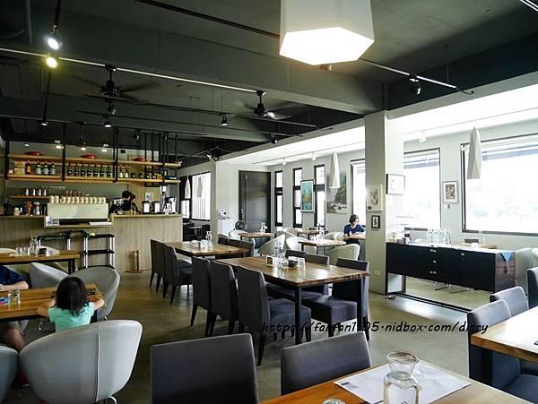 深坑美食【Monet cafe%5C Manor 莫內咖啡莊園】#寵物友善餐廳 #藜麥燉飯 #深坑咖啡廳 #新北美食 (6).JPG