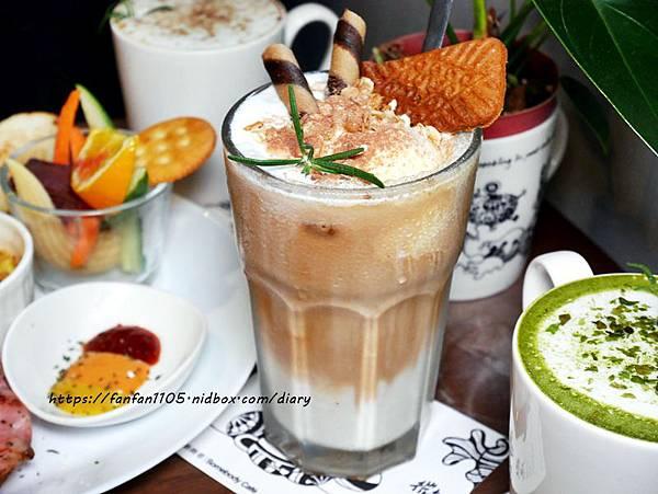 【西門早午餐】貳拾陸巷 Somebody CAFE #早午餐 #烘蛋 #鬆餅 #下午茶 #咖啡 #插畫 (16).JPG