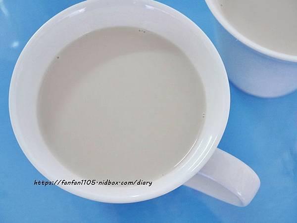 【宜蘭景點】可達羊場 #餵小動物 #羊奶冰淇淋DIY #羊奶下午茶 #宜蘭員山 #宜蘭親子景點 (29).JPG