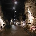 獅山砲陣地是花崗岩地質坑道.JPG