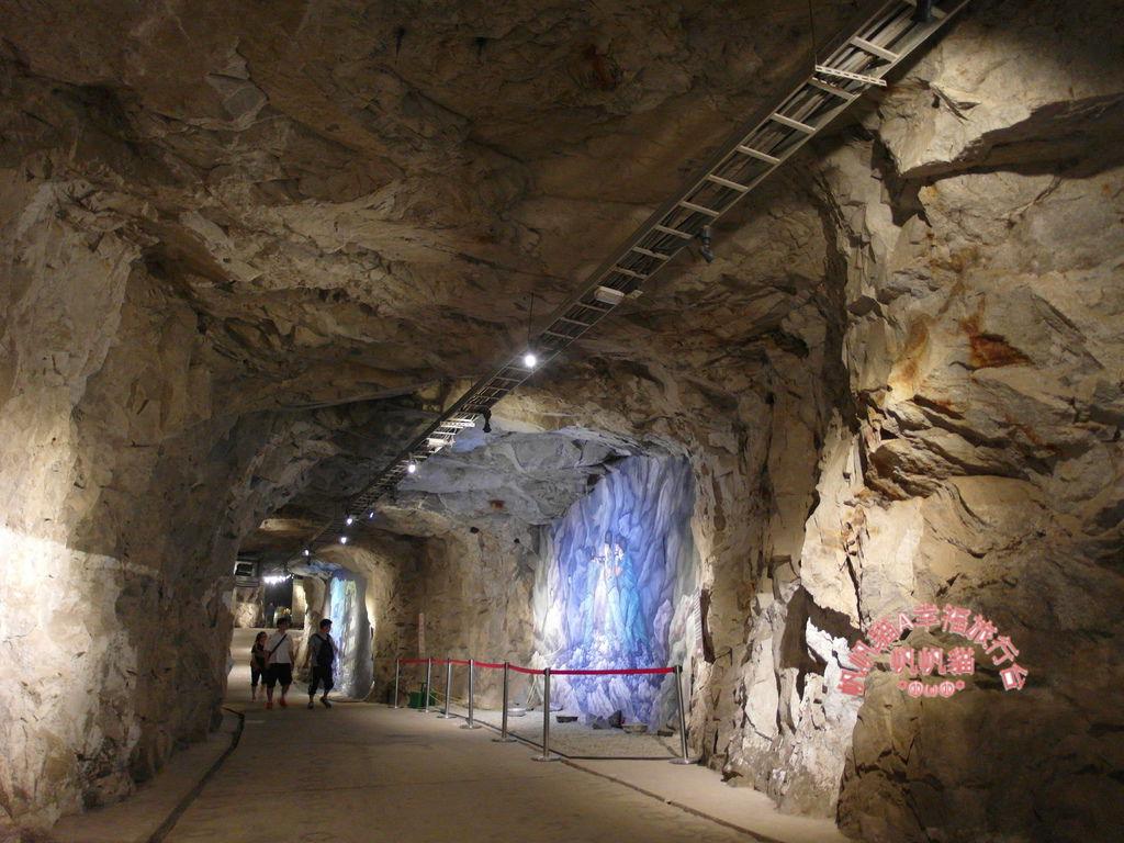 據說當時開挖坑道的經費高達一億兩千萬.JPG