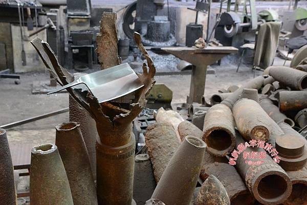 以前戰爭用的武器現在變成生活的利器.JPG