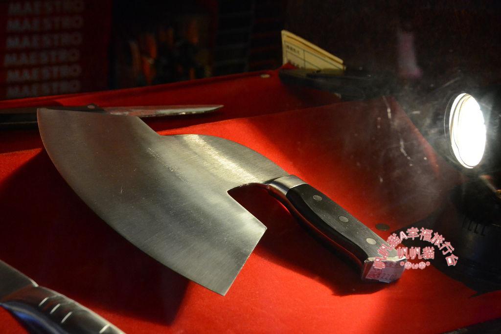 每一把鋼刀都有不同的功用.JPG