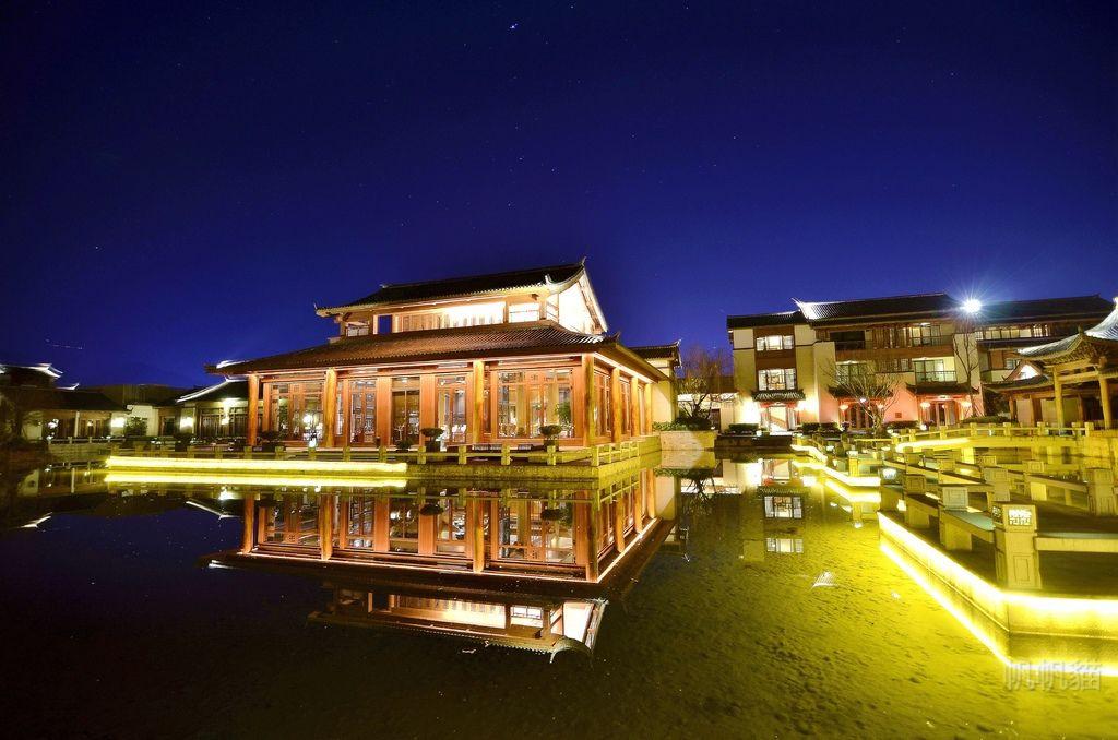 【雲南 麗江】麗江金茂凱悅臻選酒店 湖水建築倒影 美的如詩如畫