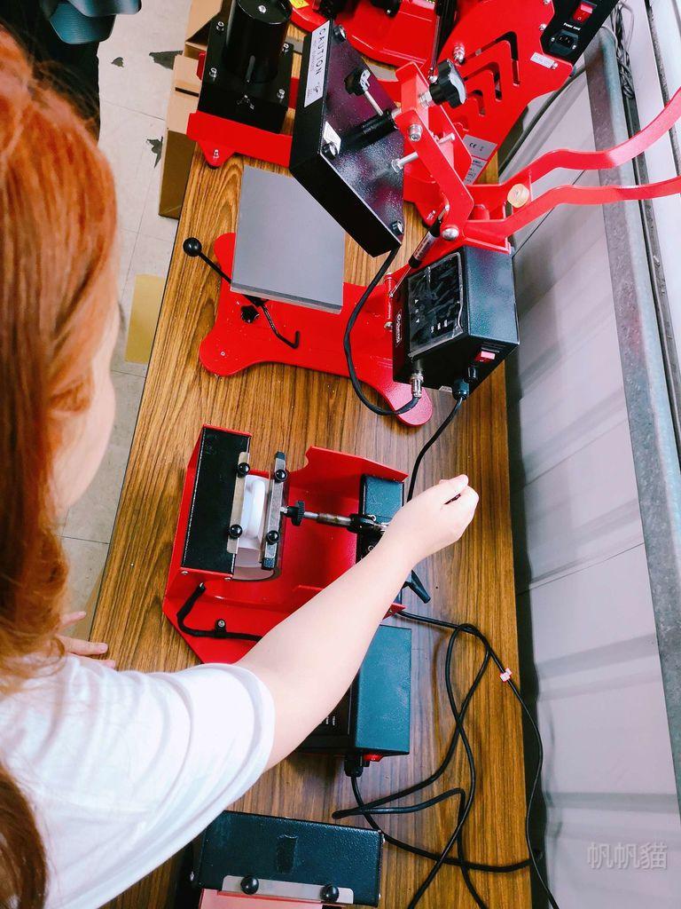 客製化馬克杯轉印過程-熱轉印機