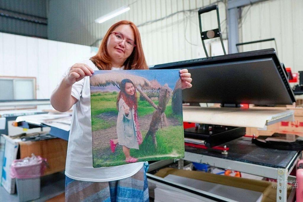 客製化抱枕轉印完成-熱轉印機