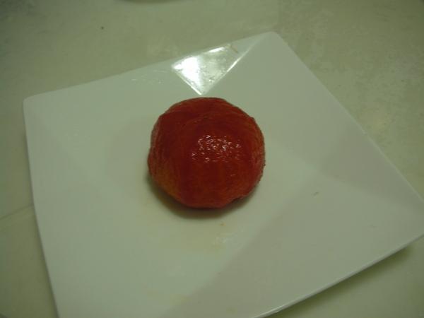 漬番茄之4 一整顆番茄.JPG