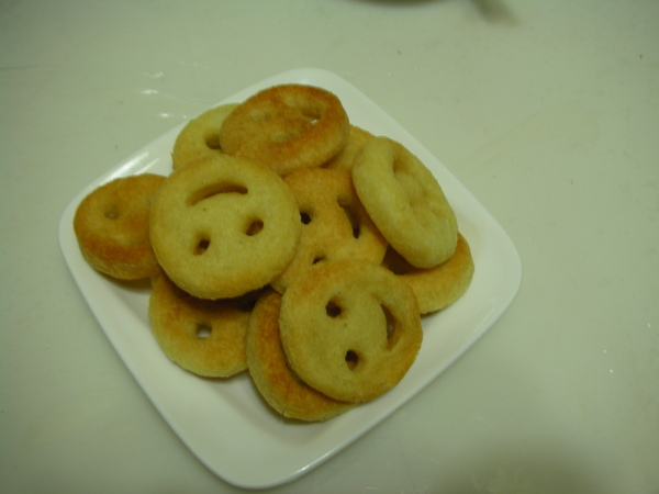 笑臉馬鈴薯之2 成堆的笑臉.JPG