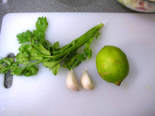 青木瓜沙拉之4 檸檬汁.JPG