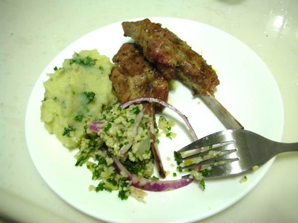 地中海式烤羊排之6 擺盤.JPG