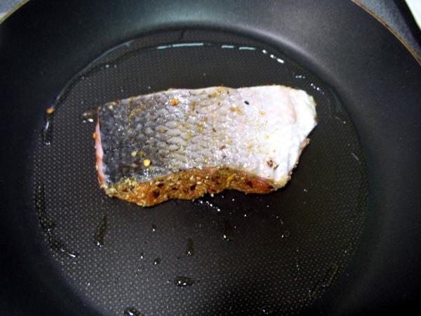 香料鮭魚3.JPG
