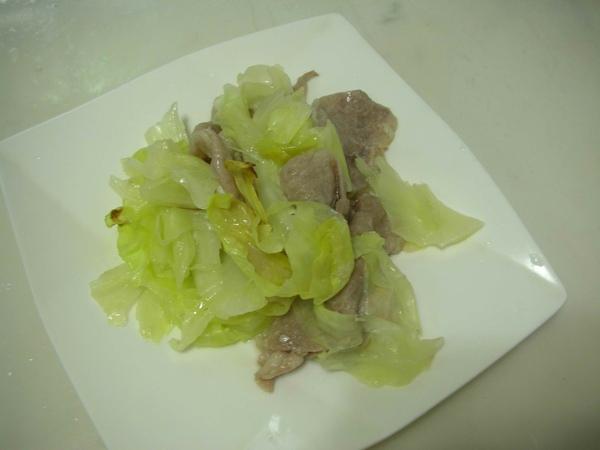 高麗菜豬肉6.JPG