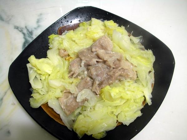 高麗菜豬肉8.JPG