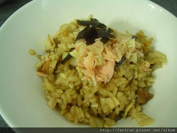 鮭魚炊飯3.JPG