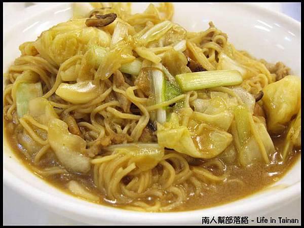 朱記香港茶水攤-什錦炒公仔麵(60元).jpg