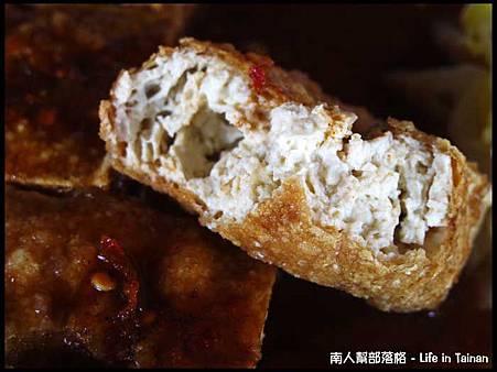 鴻達臭豆腐-臭豆腐(40元)01.jpg