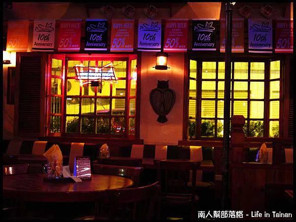 老拓音樂餐廳-03.jpg