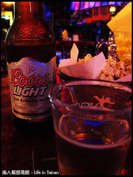 老拓音樂餐廳-酷爾斯啤酒(特價120元)(未成年請勿飲酒)01.jpg