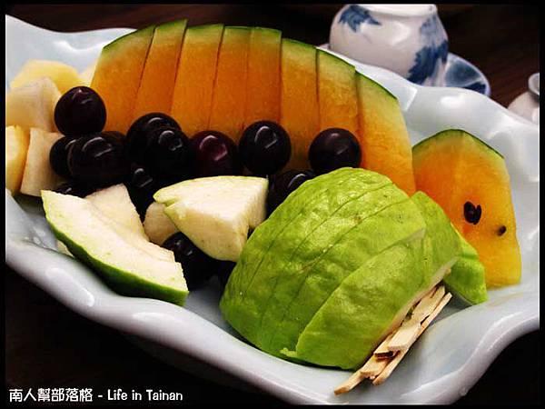 富山日本料理-餐後水果.jpg