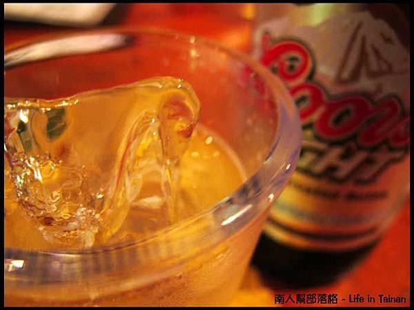 老拓音樂餐廳(音樂.PUB.餐點.小炒) - 酷爾斯啤酒(特價120元).jpg