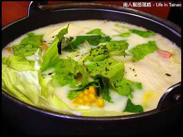 津華火鍋-香草牛奶鍋(130元).jpg