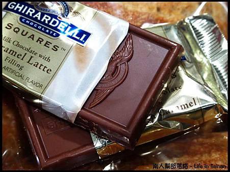 好市多COSTCO台南店-焦糖夾心巧克力770公克(385元).jpg