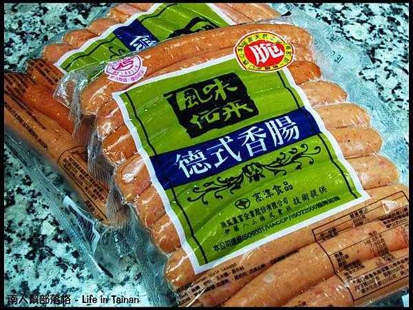 好市多COSTCO台南店-德式香腸600公克x2(275元,特價235元).jpg
