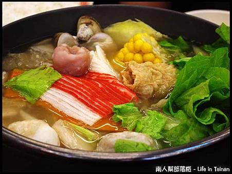 津華火鍋-東北酸菜白肉鍋(140元).jpg