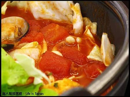 津華火鍋-義大利番茄鍋(160元)01.jpg