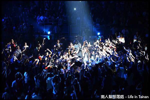 陳綺貞2011夏季練習曲世界巡迴最終站-11.jpg
