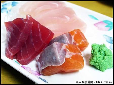 山根壽司-生魚片(旗魚.鮪魚.鮭魚)130元.jpg