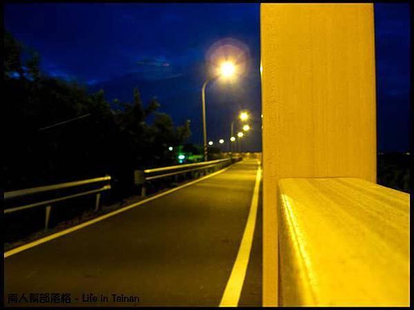 安平-安平堤頂自行車道13.jpg