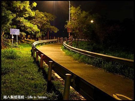 安平-安平堤頂自行車道14.jpg