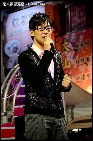 台南購物節開幕演唱會-品冠16.jpg