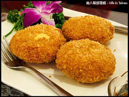 泰洁-起司醬爆金錢蝦餅(180元).jpg