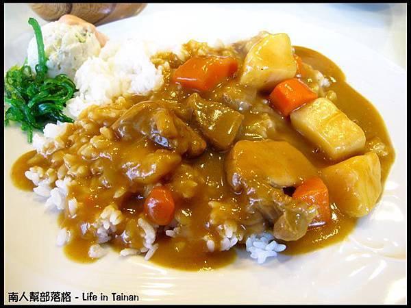 東門町食堂-日式特製咖哩飯(80元).jpg
