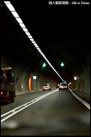 05.雪山隧道-01