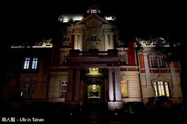 台灣文學館前-021