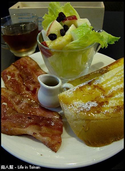 鯊魚咬土司(員林店)-英式組合早餐(120元)